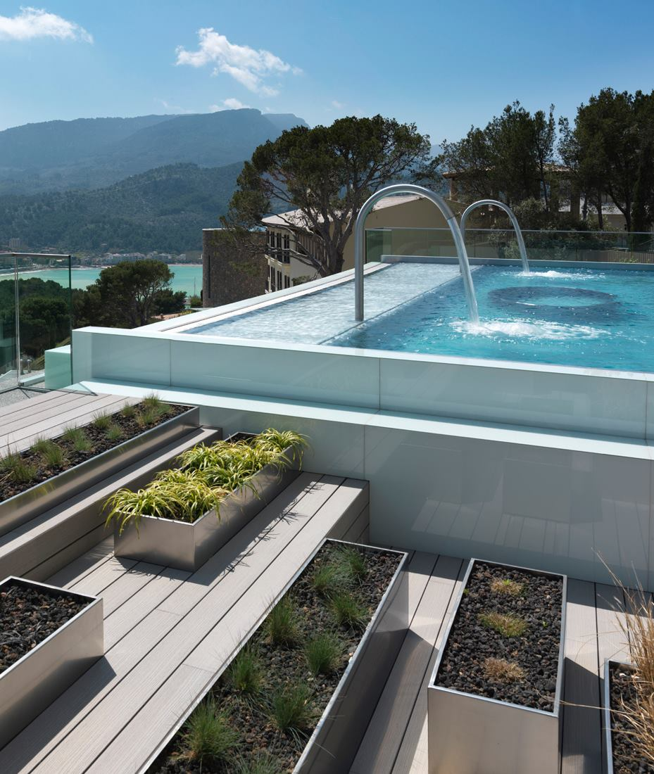 Hydropool with a view - Jumeirah Port Soller - Luxury Hotels Mallorca