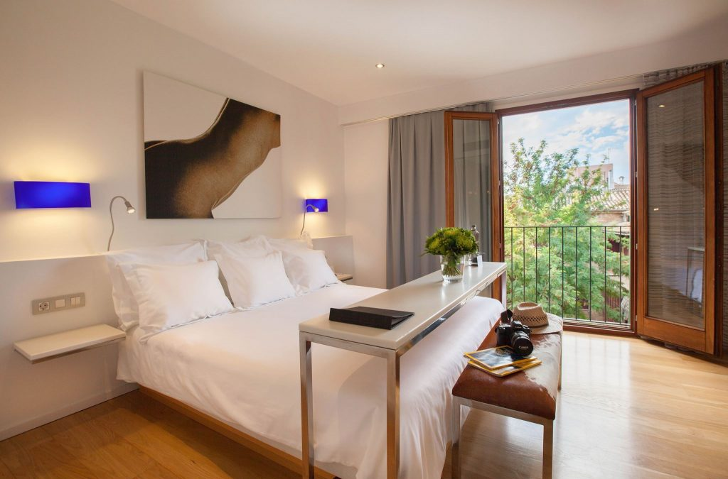Hotel Tres - Palma - Mallorca - Bedrooms - Boutique Hotel - Special Offer