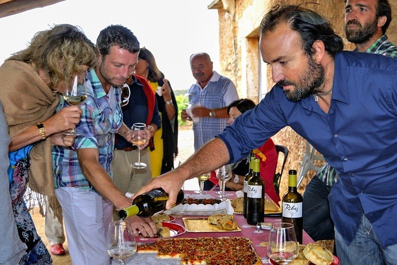 mallorca-wine-tours-clients-10