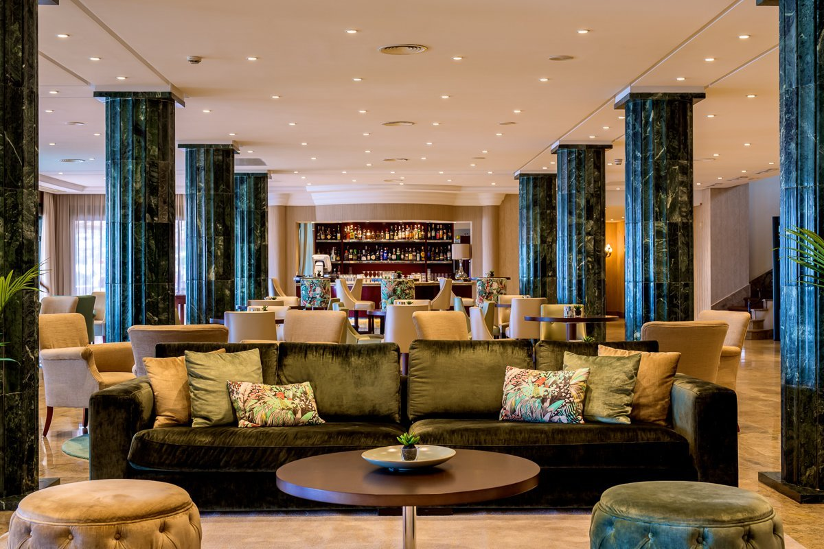 The welcoming reception area at Hotel Nixe Palace - 5% discount with MallorcanTonic