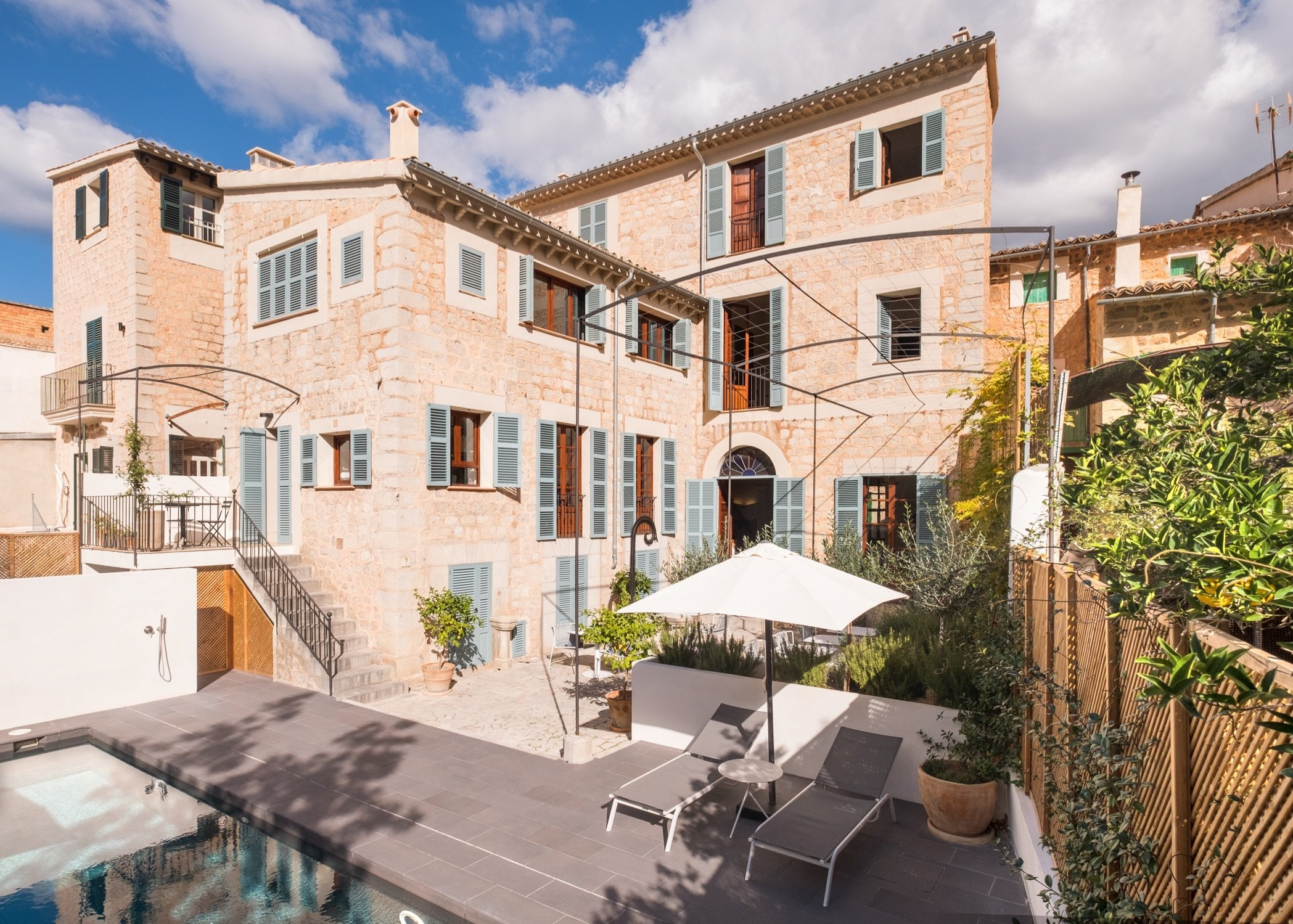 1902 TownHouse - Luxury Hotels - MallorcanTonic - Pool Area
