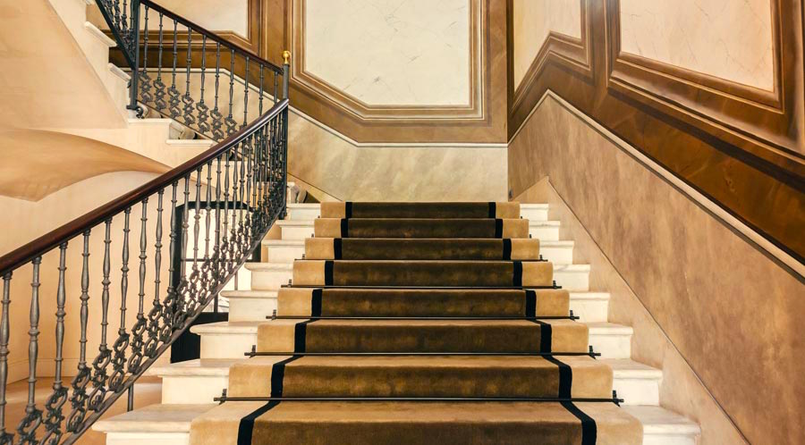 The magnificent stair case - luxury hotels -Sant Francesc Hotel