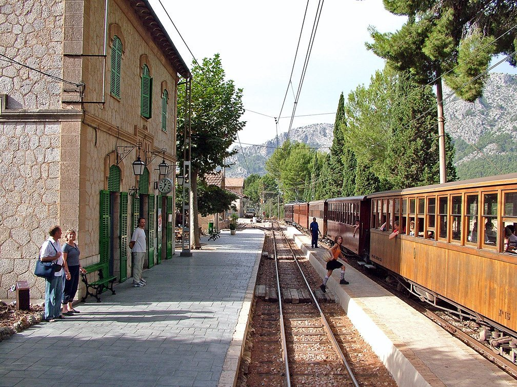 Bunyola Station - Soller train to Palma - Historic Train Journey