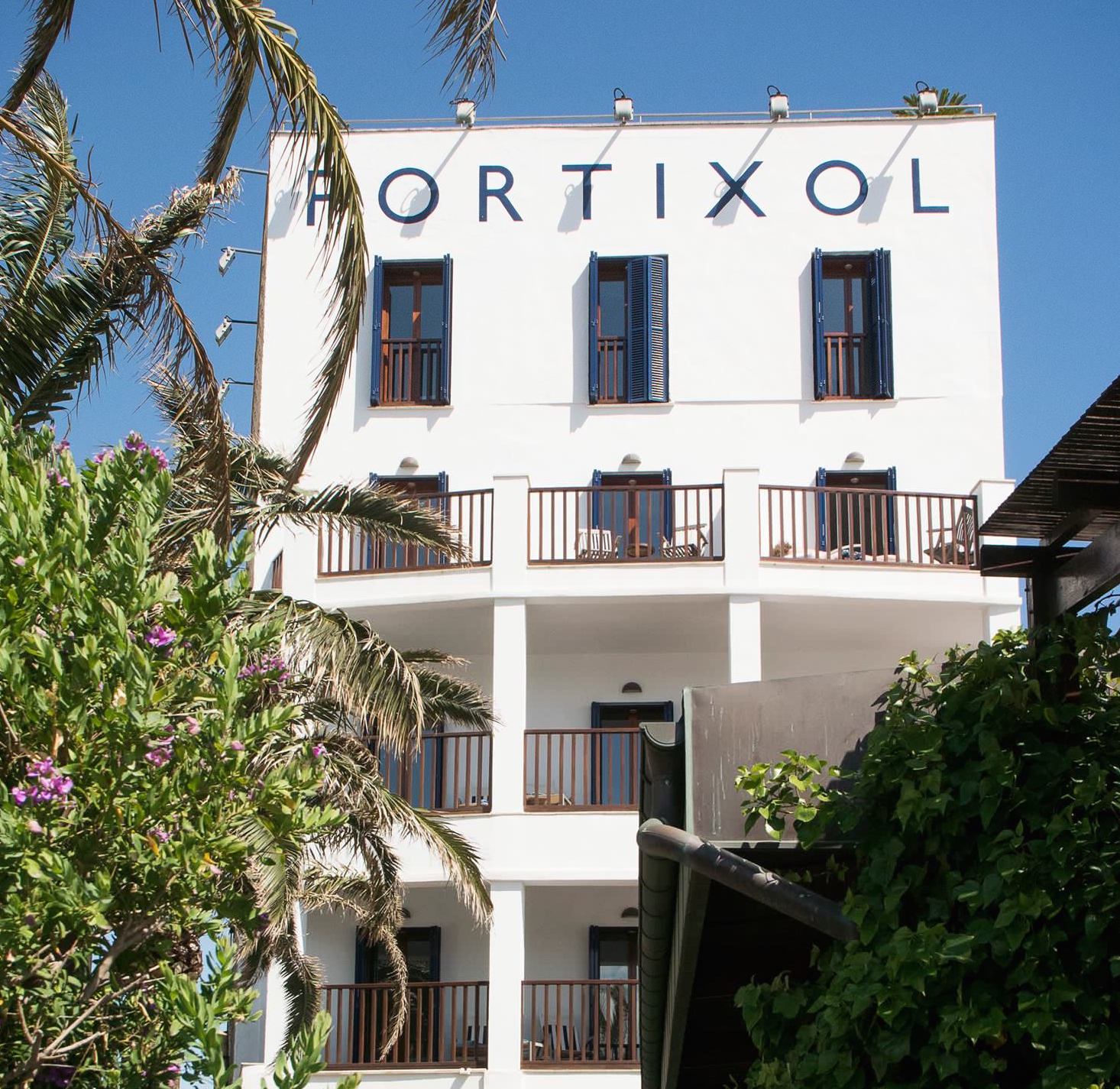 Sit outside on your terrace at Portixol Hotel - Palma with special offers from MallorcanTonic