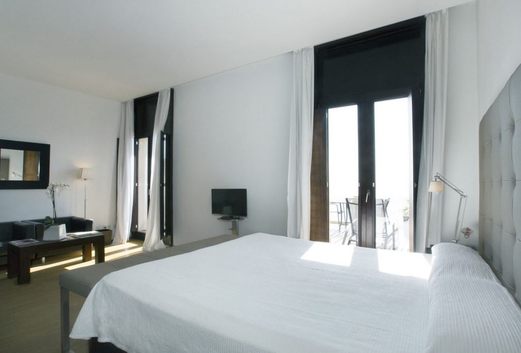 Gorgeous Deluxe rooms with terrace at Hopses Maricel and Spa Hotel - Palma