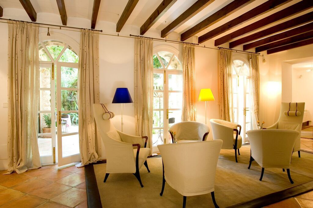 Can Verdera´s welcoming lounge area - Fornalutx (Mallorca)