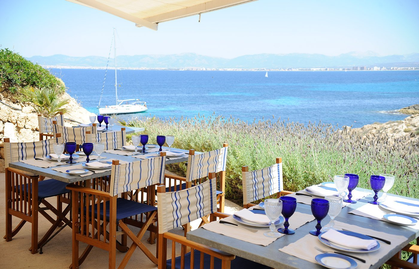 Lunch on the terrace at The Sea Club - Luxury Hotel Cap Rocat