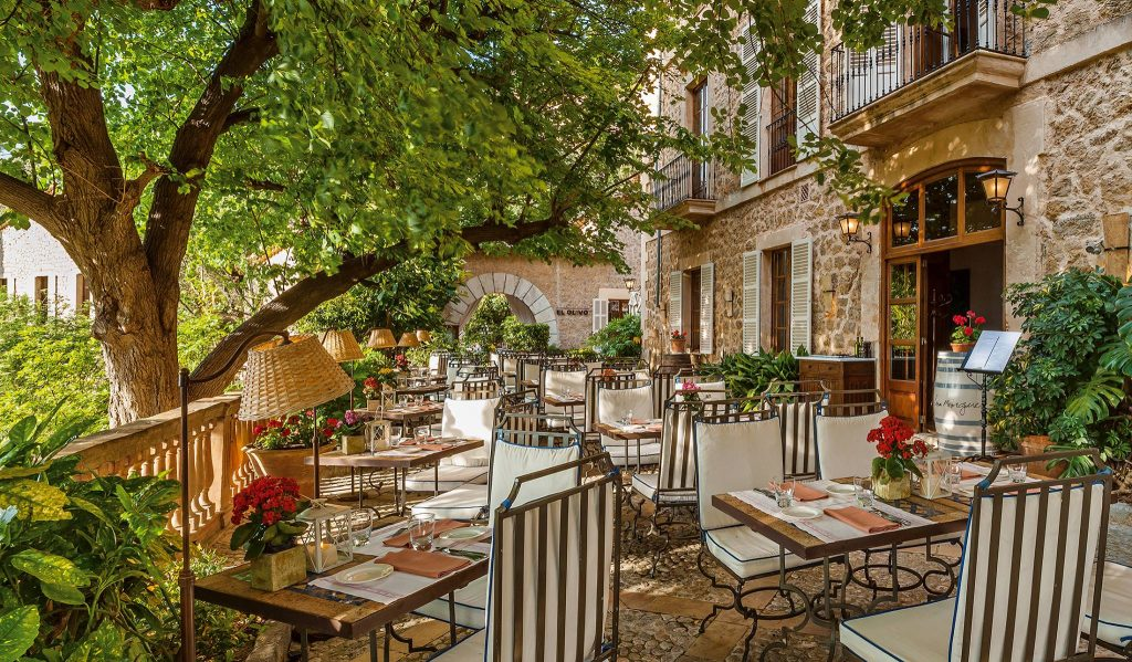 Cafe Miro - La Residencia - Spa day with lunch La Residencia - Mallorca