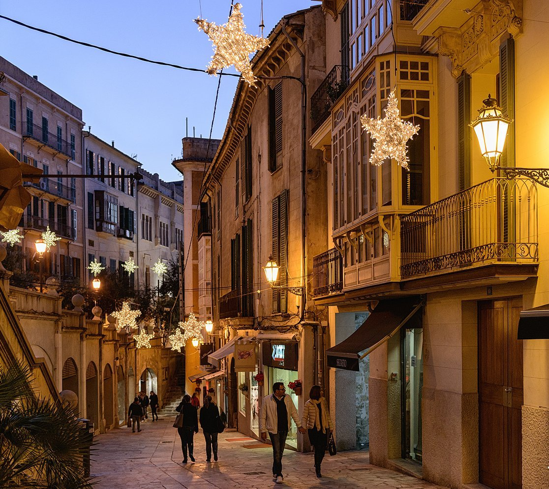 Christmas in Mallorca - Christmas lights in Palma