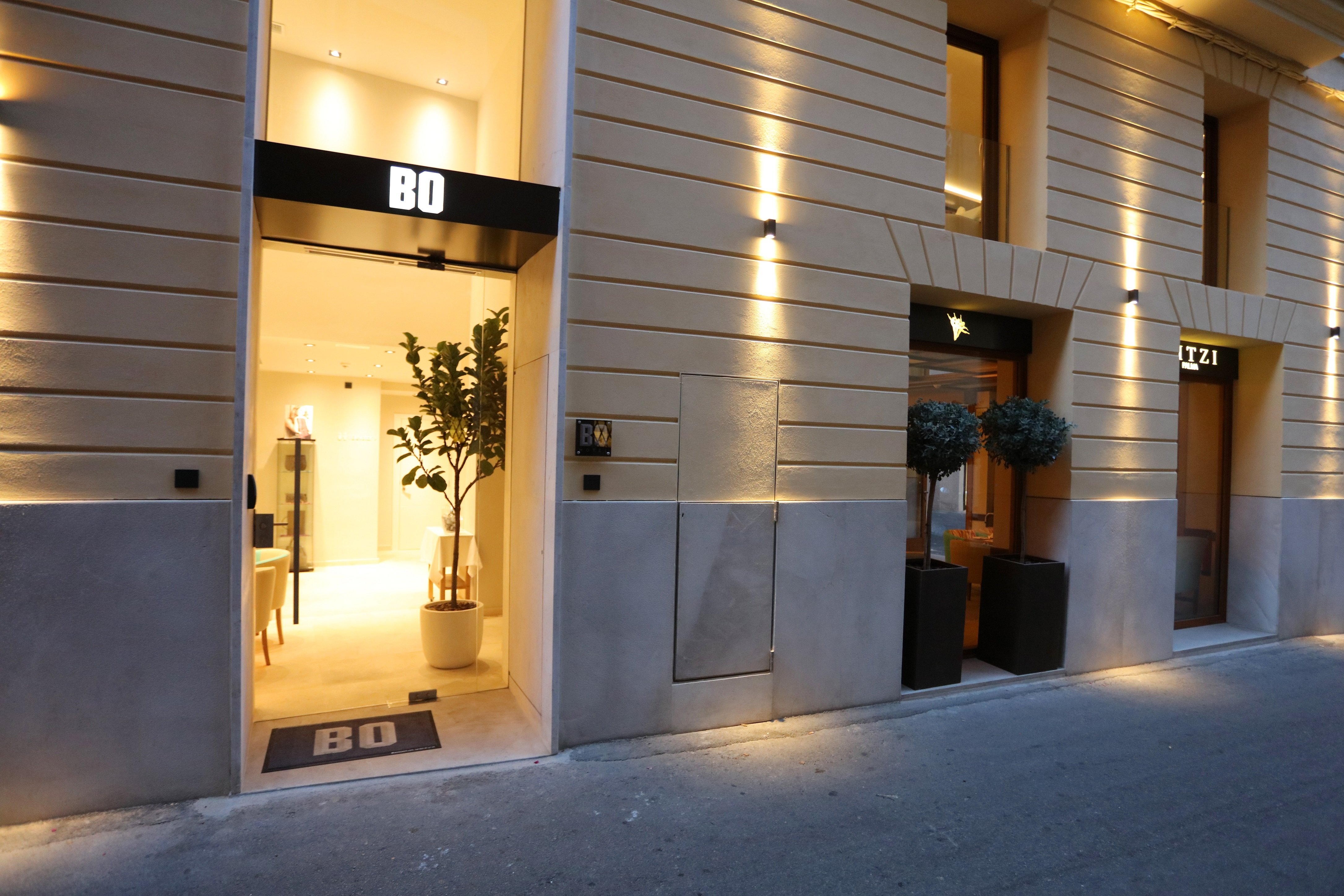 Gorgeous luxury boutique Bo Hotel Palma welcoming entrance