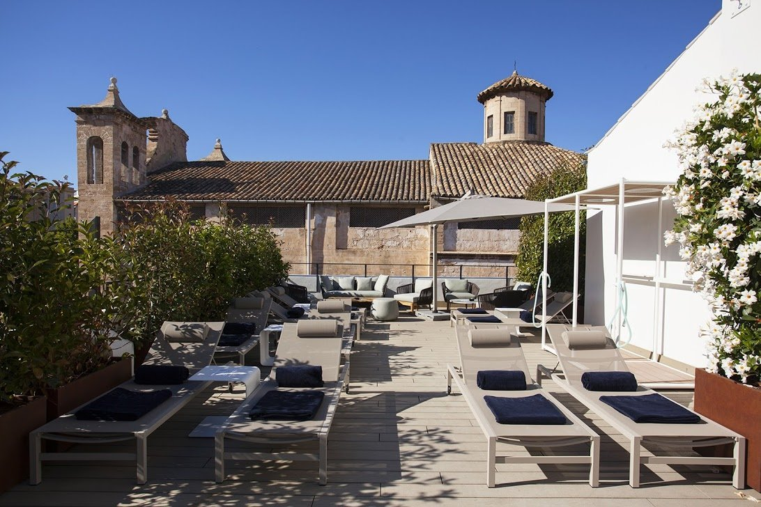 Take it easy on the roof terrace with pool at Boutique Hotel Sant Jaume -Luxury Hotels - MallorcanTonic