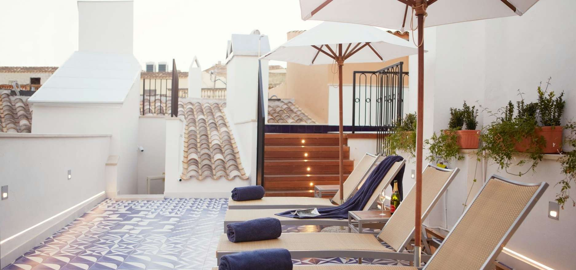 Relax on the Sun Terrace - Hotel Cort Design Hotel - Palma - Offers with MallorcanTonic