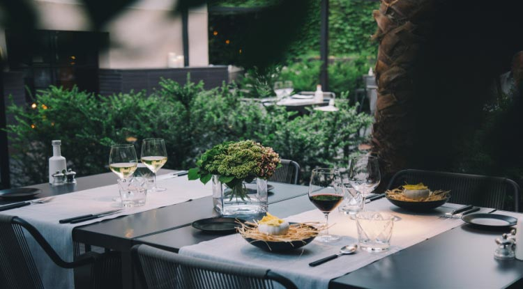 Quadrat Restaurant and Garden - Hotel Sant Francesc Special Offer