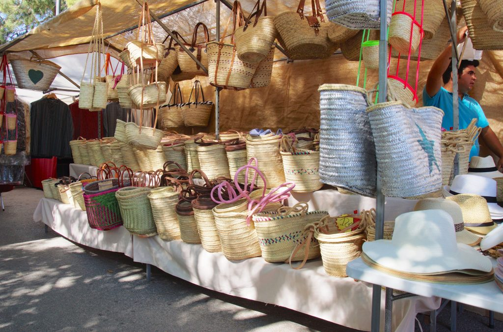 Basket ware and bags at Sineu Market - MallorcanTonic
