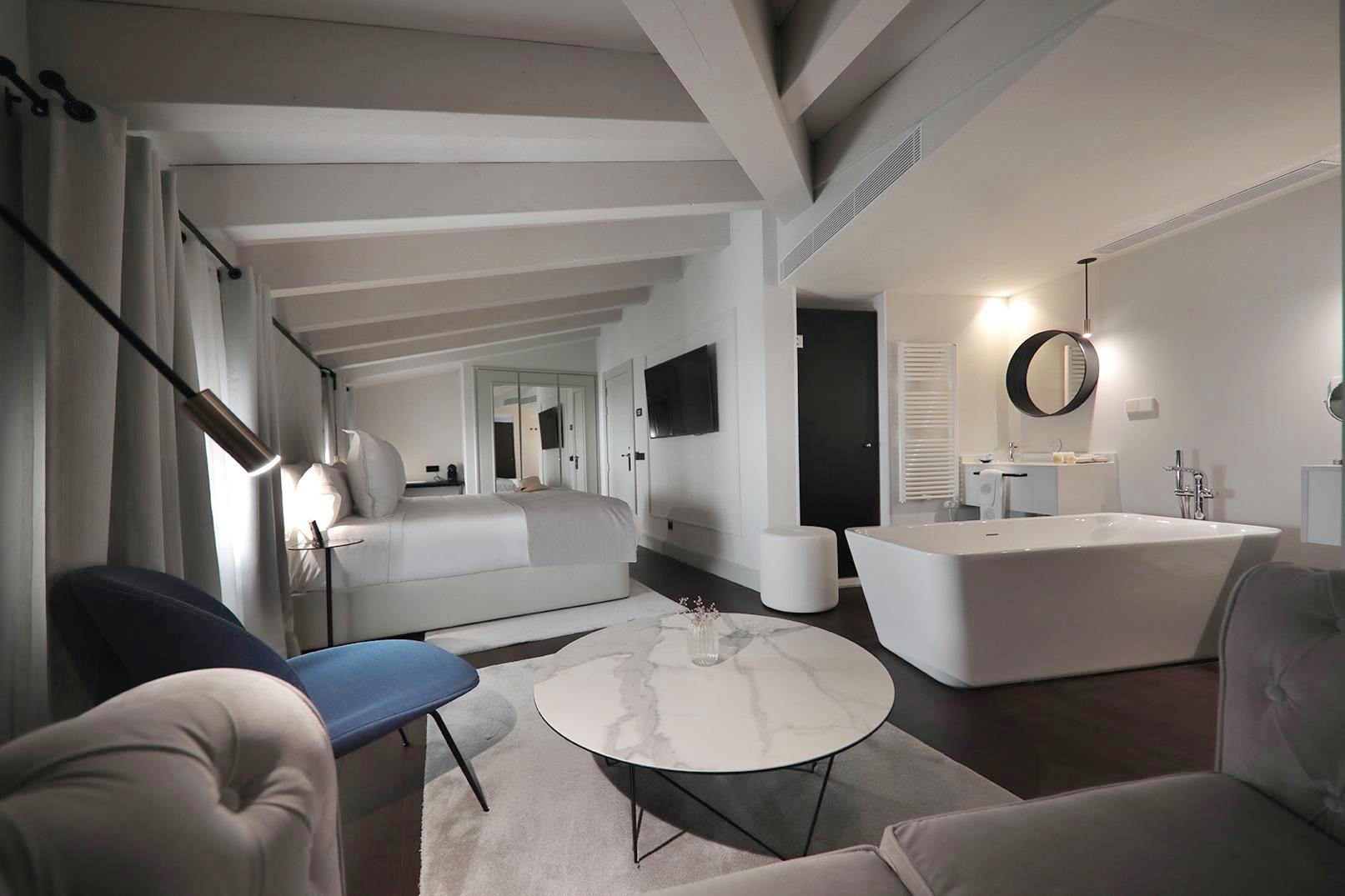 Huge rooms at Summum Prime Boutique Hotel - Palma - Mallorca