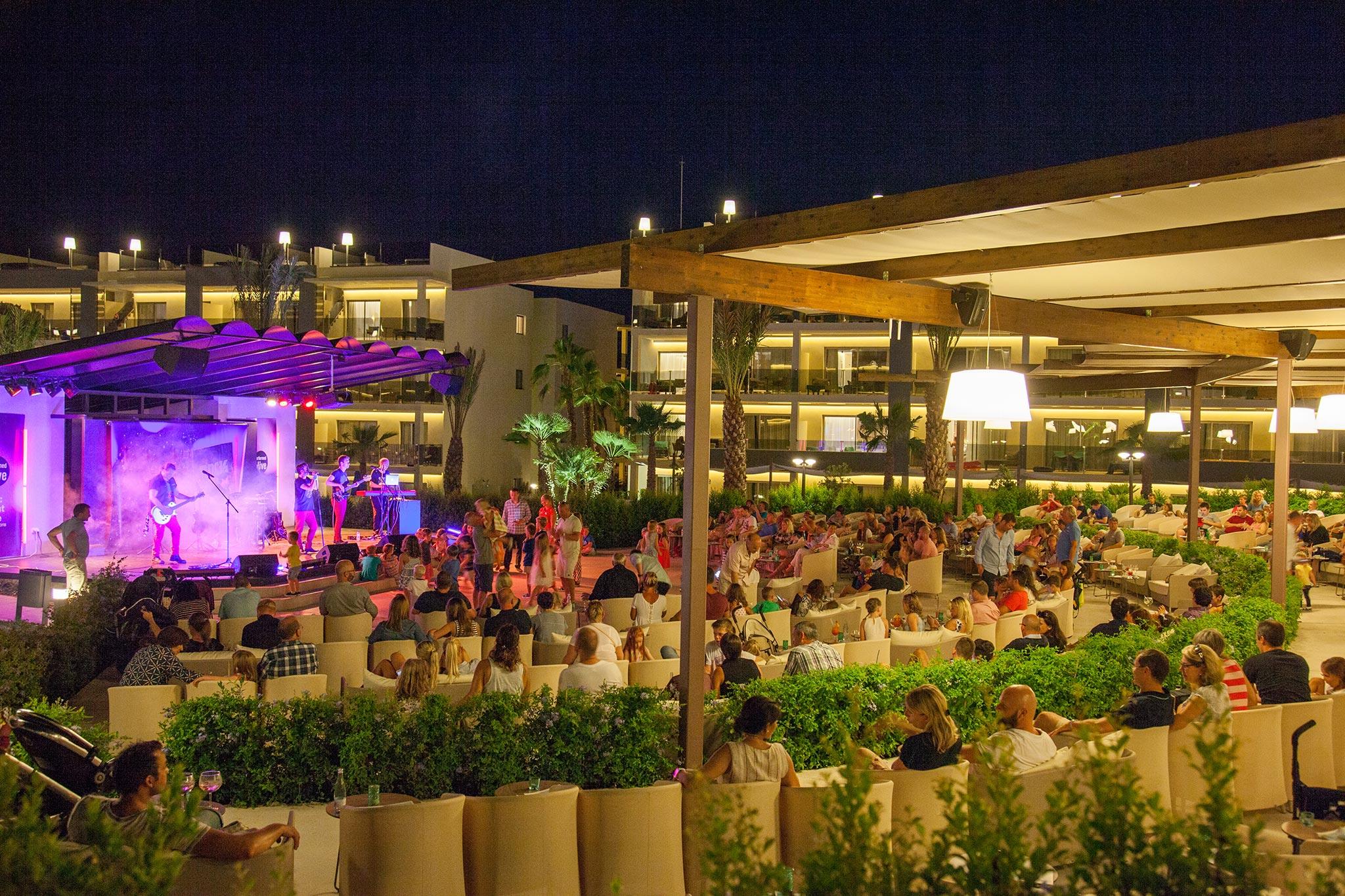 Zafiro-Palace-Alcudia Stage Entertainment