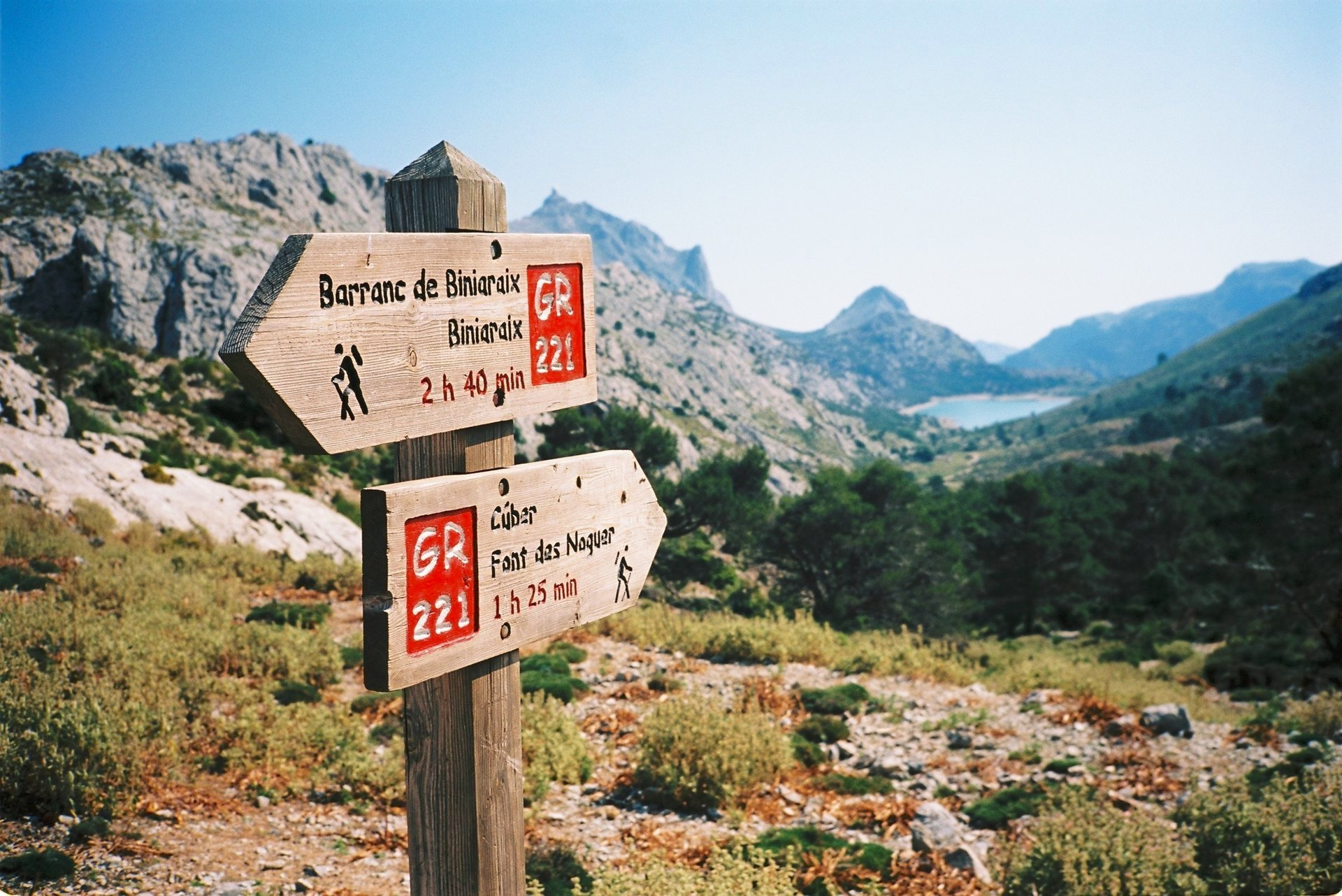 Walking Signs Mallorca - See a Mountain Goat
