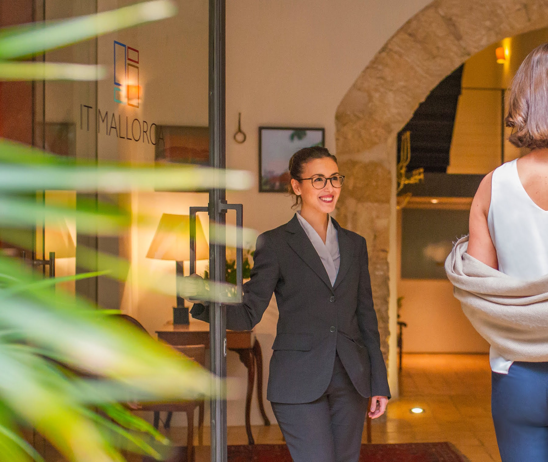 Welcome to Boutique Hotel Can Cera in Palma with a smile